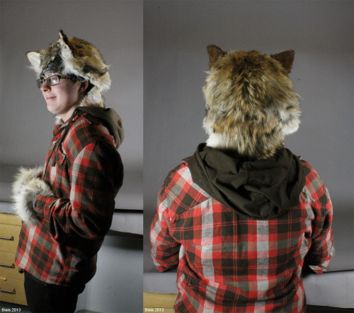 I wanted to upload two more quick shots of the coyote head piece I made. I realized the other day that I had nothing whatsoever photo-wise and that no one other than my review board had seen it. To repeat: coyote fur scraps, silicone. If anyone has questions about how I made it I'm always open.