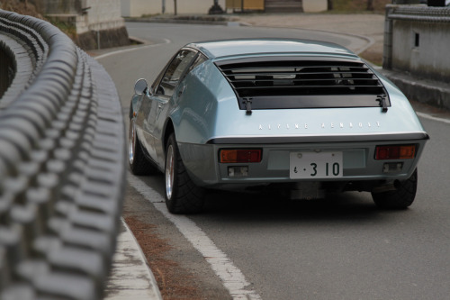 motoriginal:  Alpine A310  Long way from Dieppe An Alpine Renault A310 in Japan with a cherished plate. Nice.