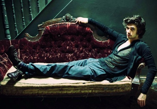 professorfangirl:  professorfangirl:  Lounge lizards.  Now with bonus Tennant!