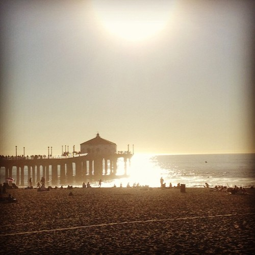 January in LA (at Manhattan Beach Pier)