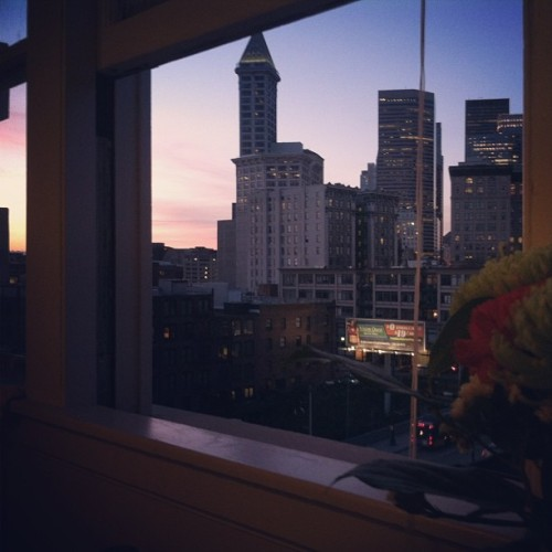 Wonderful evening of #music, #reading, and #cleaning. :)  #seattle #skyline #sunset #evening
