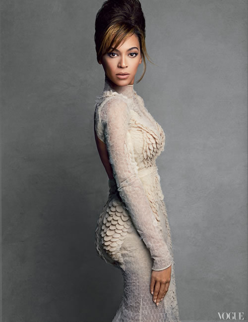 (via Beyonce Vogue Power Issue | Patrick Demarchelier | Photo Shoot | homorazzi.com)
