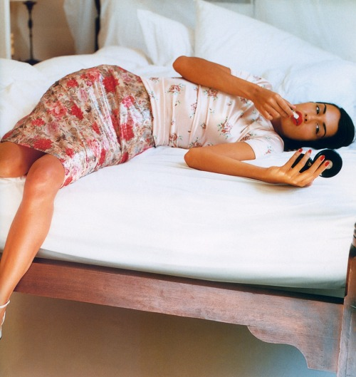 """In Print"", Vogue UK, April 1995Photographer : Pamela HansonModel : Yasmeen Ghauri"