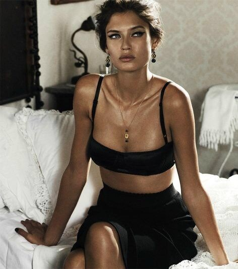 Bianca Balti fashion Dolce & Gabanna
