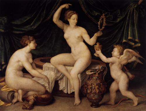 Venus at Her Toilet, Master of the Fontainebleau School, 1550 Oil on canvas, 97 x 126 cm. Musée du Louvre, Paris