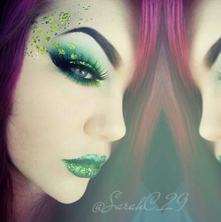 sugarpillcosmetics:  Perfectly pretty! Sarah Chambers used Sugarpill and Saucebox eyeshadows and EyeKandy glitter. So cute and festive!   http://instagram.com/p/W7S3TZRRHp/