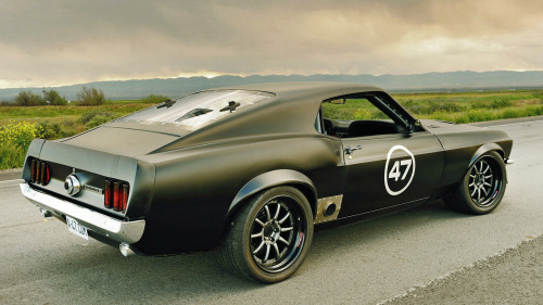 musclecarblog:  (via 1969 Ford Mustang Sportsroof The Harbinger by ~Vertualissimo on deviantART)
