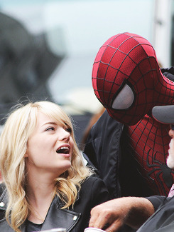 Emma Stone & Andrew Garfield | on the set 'The Amazing Spider Man 2' NYC [May 18,2013]