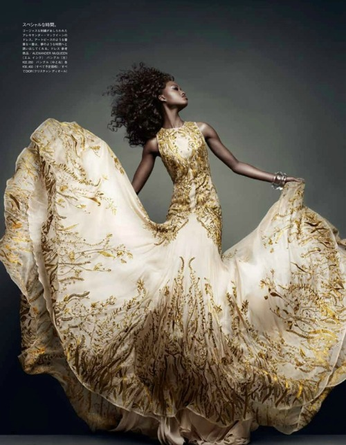Nyasha Matonhodze by Sølve Sundsbø for Vogue Japan November 2011 found on Fashnberry | Dress: Alexander Mcqueen