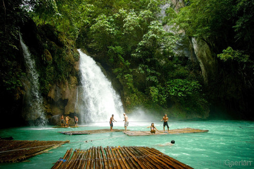 travelthisworld:  Kawasan Falls ♦ Badian, Central Visayas, Philippines | by Kenneth Gaerlan