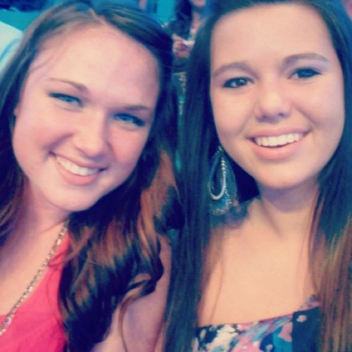 I miss you Leah! #tbt #concert @lmblackledge