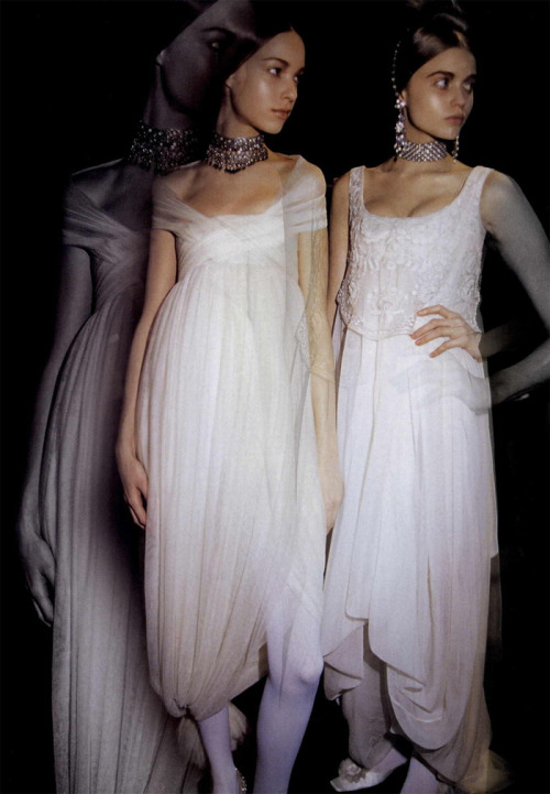 Alexander McQueen Fall/Winter 2008 backstage by Bardo Fabiani