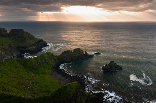 wanderthewood:  Antrim coast, Northern Ireland by MariusRoman