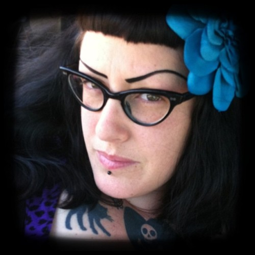 christiecreepydolls:  #bbwdollface #glasses #rockabilly #face #girl #picoftheday