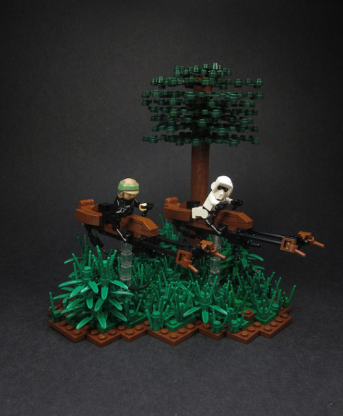 Speeder Bike Chase by Walter Benson on Flickr.