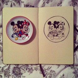 Sketch of my favorite little plate #disney #mickeymouse #minniemouse #sketchbook #moleskine #illustration #ink