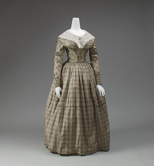 omgthatdress:  Dress 1841-1843 The Metropolitan Museum of Art