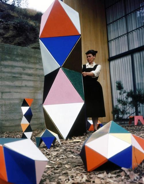 Ray Eames (Stolen from Miguel Von Hafe Perez, like all my best images.)