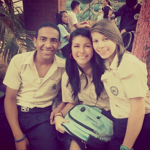 #friends #me #beautiful #school #moments @albertjas @yuilisam