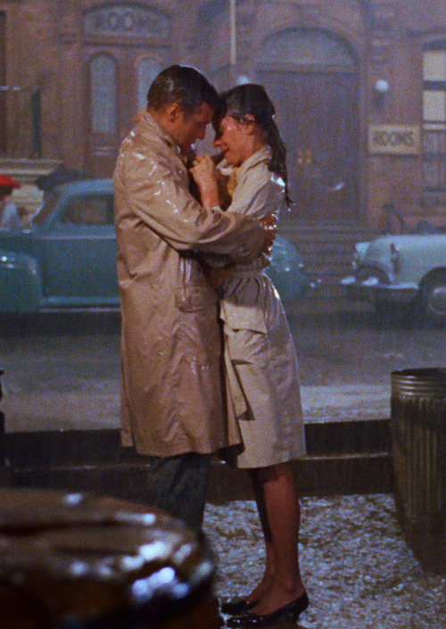 vintagegal:  Breakfast at Tiffany's (1961)   ^ reasons I bought a beige full-length trench coat