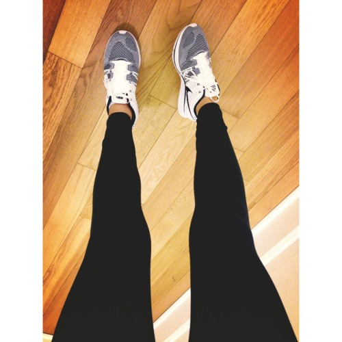 not-badforagirl:  #legstagram  Developing a solid girl crush.