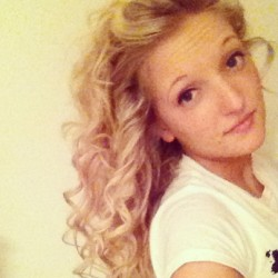 And again #ekk #summer #ball #hair #trial #curly #big #long #blonde #love #youmeatsix #headlines #cannotwait #hurryup #bankholiday #plymtown