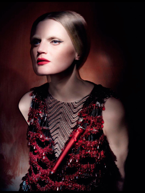 modelta:  Vogue Italia: March 2013Guienevere van Seenus by Paolo Roversi
