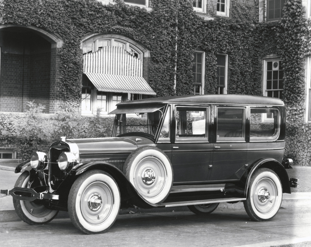 1924 Lincoln Model 139 Fleetwood Limousine