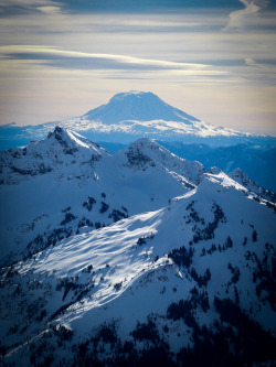 nvvt:  Mt. Adams with the Tatoosh Range by Matteo Steiner