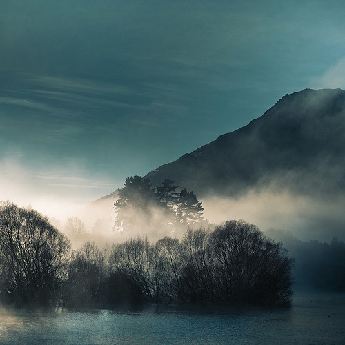 brutalgeneration:  Cloud / water / landscape by: Cubagallery