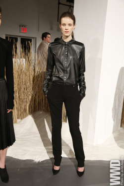 womensweardaily:  Calvin Klein RTW Fall 2013  LOVE