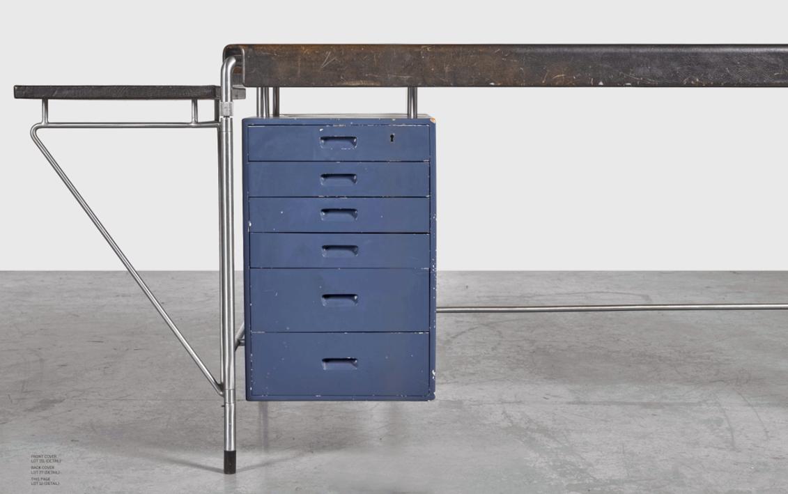 Design is fine history is mine arne jacobsen desk for Schreibtisch design klein
