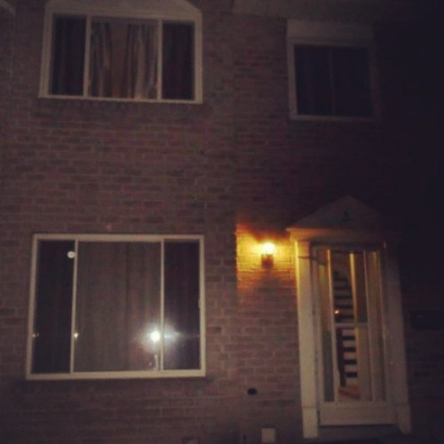 My cute little new house :) #house #townhouse #orangeville #night #nighttime
