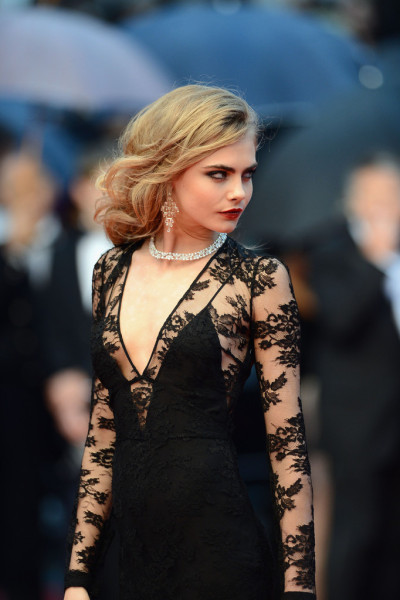 ahundredemeraldcities:  suicideblonde:  Cara Delvingne at the Cannes Film Festival premiere of The Great Gatsby, May 15th  Wow, she looks good. Black lace and red lips always, I wish I could go to my ball because I'd totally be doing this look. Although clearly not quite as well.