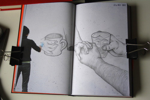 Avi gave me this amazing new Sketchbook; the Swop Book!  This is the page I made on Christmas Eve! =D Sorry for the lame photo. It's still dark although it's past noon and I was too lazy to set the daylight lamps on my table. ^^;
