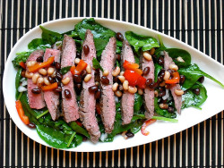 Spinach & Flank Steak Salad by adashofsass on Flickr.