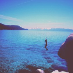 indavared:  Jumping off rocks today at Lake Tahoe was a blast. It's nice living so close to such a beautiful place.  Lake Tahoe in the summer is gorgeous. Clear, cool, clean, and refreshing water. Being here this summer and at Big Sur would be perfection.