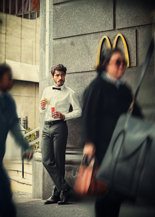 maxtonmen:  tux in mcdonalds
