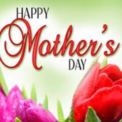 Happy Mommys Day to all the mothers out there!