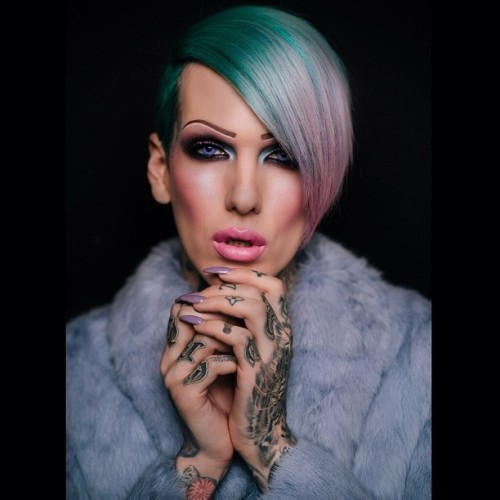 jeffreestar:  pastel violence 💎 photo by: @vishnurajan