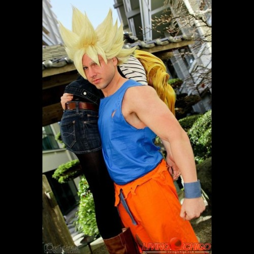 Good Guy Goku. Bringing 18 straight to Krillin.   Android 18: @jojopandaface  SSJ Goku: @livingichigo Photography: Renoben  #dbz #dragonball #dragonballz #goku #18  #android18 #cosplay #cosplayer #livingichigo