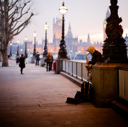 "I love to travel, today I'm dreaming… ""London, England"""