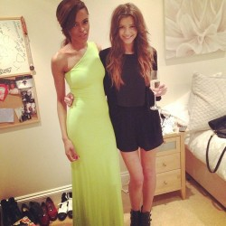 eleanor-calderstyle:  How to get Eleanor Calder's hair from Portia's birthday!  What you need: Brush dry shampoo curling wand or hair straightener Instructions: brush out any knots or tangles from your hair and separate it into a middle part (if you choose) lightly curl some ends of your hair for only a couple seconds or with a straightener, clamp down on a lower section of a piece of hair and wrap it around then pull down for a soft wave. repeat to any bangs you have spray in dry shampoo at your roots and where ever and rub in separate the waves from the curling iron or straightener with your fingers and scrunch with your hand and apply hairspray if you choose complete!