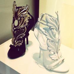 ingbrush:  giuseppe zanotti | Tumblr sur We Heart It. http://weheartit.com/entry/57328828/via/billiondollrbaby