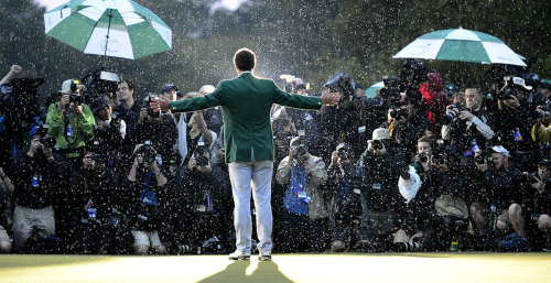 soulofgolf:  thereligionofgolf:  The Masters Champion.  singing in the rain  One of the better shots from Golf I've seen