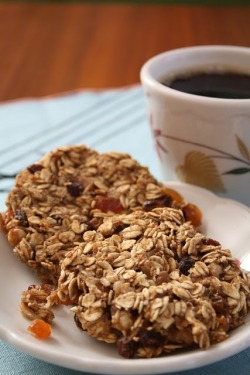 healthybreakfastblog:  Vegan Breakfast Cookies         … I added a couple of things like walnuts and golden raisins, which just proves that you can customize this to your taste.   The grated orange rind just sends these over the top.  These cookies are indeed to die for, but are very healthy.  Therefore we won't die…Post has been published on http://turvs.net/vegan-breakfast-cookies/