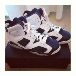 FOR SALE //  Olympic Jordan 6 // Worn Once // Size 4.5 // 👟 #crepcheck #forsale #jumpman #jordan6 #olympic #rare #ds #trainers #nike #sfbk #chicksinkicks #igsneakercommunity