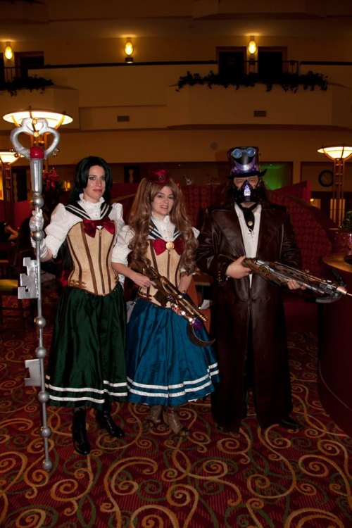 steampunkd:  Both Sailor Scouts and Tuxedo Mask's coat were made by: Scoundrelle's Keep Props made by themselves.
