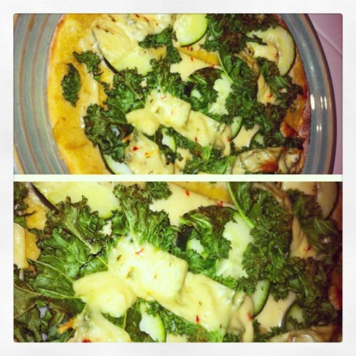 My #dinner!! 🍕 #vegan #glutenfree I didn't realize it but my eating habits reflect that of the #paleo #diet… #funny the things u #learn #picstitch