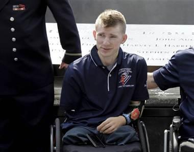 Soldier who lost 4 limbs has double-arm transplant (Photo: Seth Wenig / AP, July 4, 2012 file) The first soldier to survive after losing all four limbs in the Iraq war has received a double-arm transplant. Read the complete story.